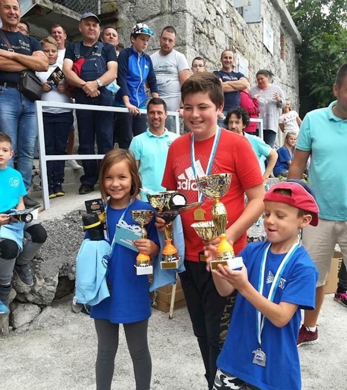 Ribič Toni Martinčić najbolji u svojoj kategoriji na Mićem kupu Preluka