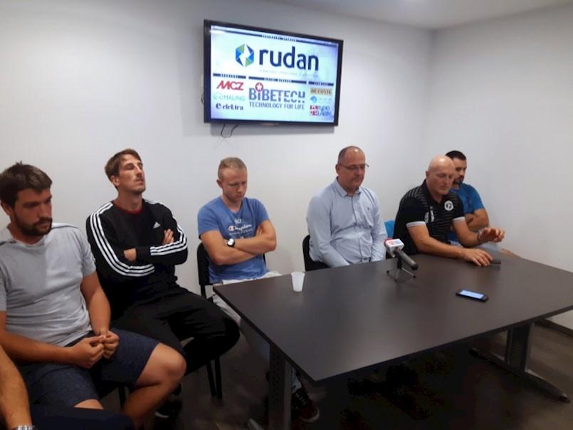 U novo prvenstvo Rukometni klub Rudan Labin ulazi s potpuno novom momčadi