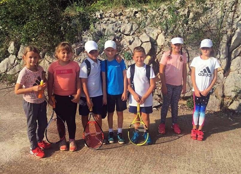 Mladi tenisači Rapca proteklog vikenda igrali na tri turnira