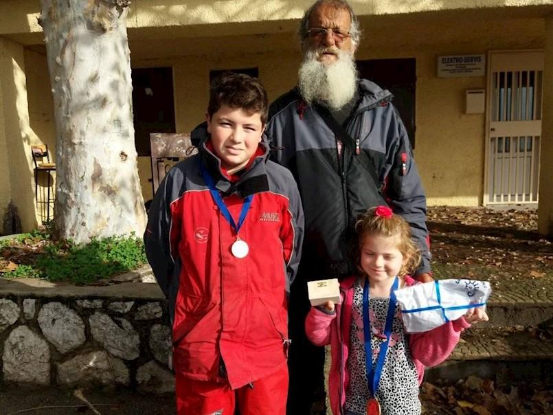 Mladi ribiči Galeba iz Raše Antonina i Toni Martinčić izvrsni na natjecanju u sportskom ribolovu na juniorskom KUPu Kostrene