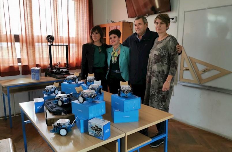 Općina Sveta Nedelja školi donirala 10 robota