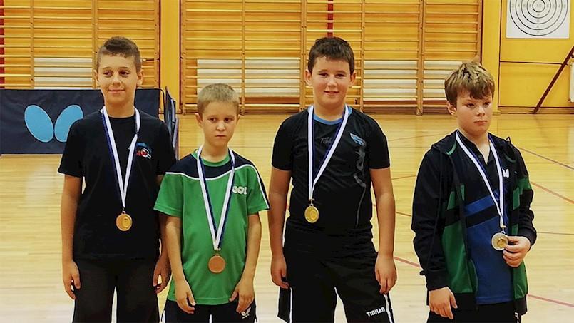 Drugi otvoreni turnir PIG regije:  mladi stolnotenisači Brovinja osvojili su jedno zlato i jednu broncu i ostvarili dva plasmana u 1/4 finale.