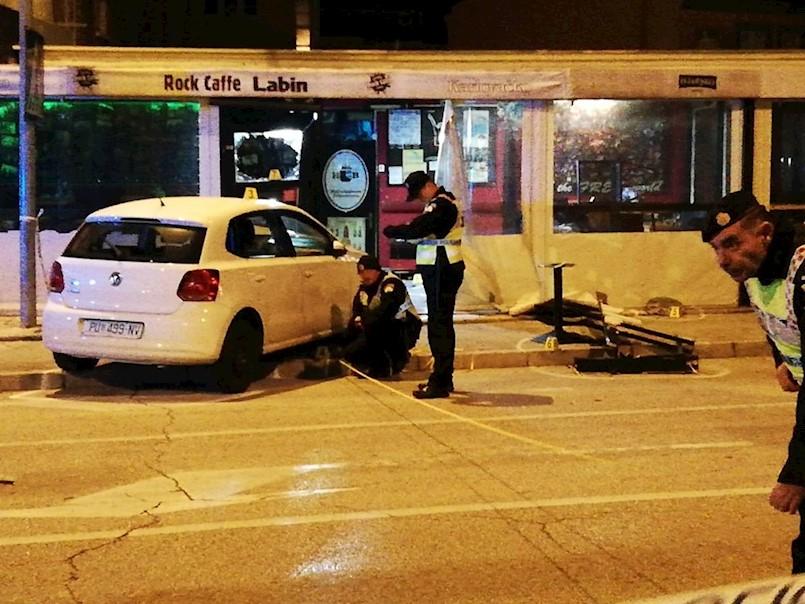 TRAGEDIJA U CENTRU LABINA: Vozačica pod utjecajem alkohola automobilom se zabila u kafić, POGINUO 34-GODIŠNJI IVAN BATELIĆ IZ LABINA, OZLIJEĐENE JOŠ ČETIRI OSOBE