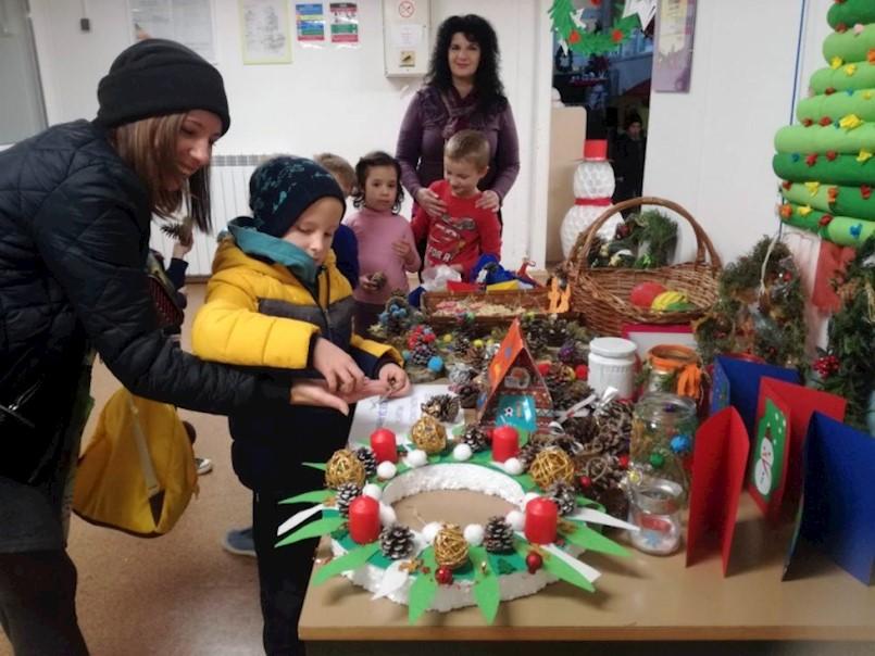 Održana izuzetno uspješna humanitarna prodaja u sklopu projekta ''Škole za Afriku''