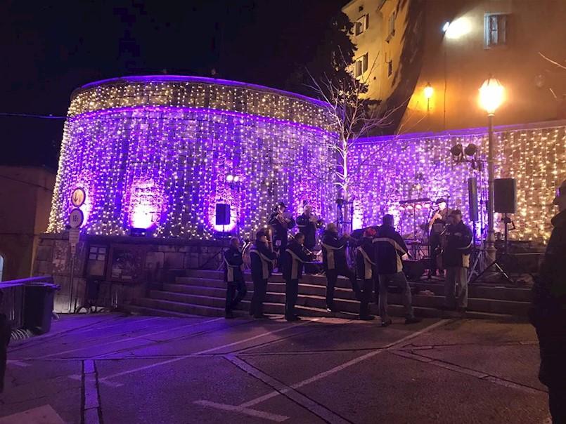 Održan prvi Badnjak na Torjonu