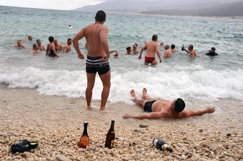 Okupajte se u moru prvog dana 2020. godine!