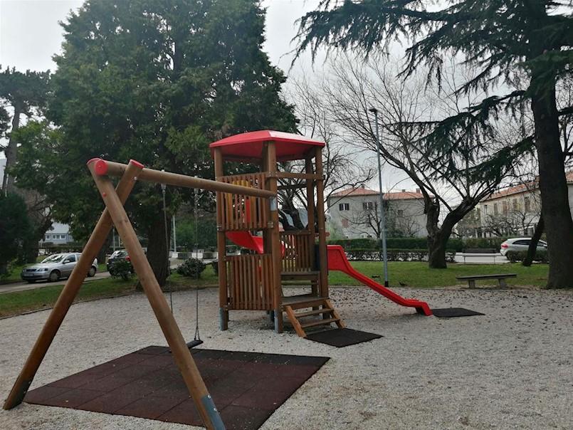 Postavljena nova rasvjeta na dva dječja igrališta