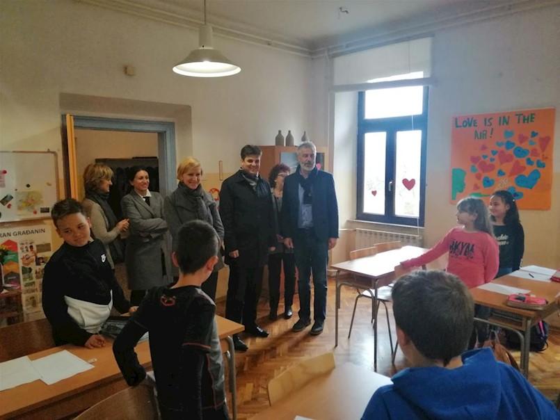 Škola u Vinežu, škola s posebnom energijom