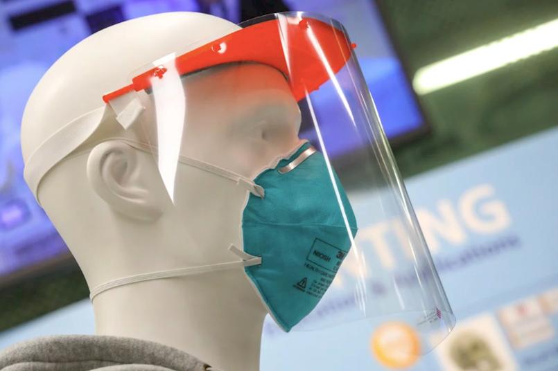 Zaštitni viziri za medicinsko osoblje printaju se i u našim školama