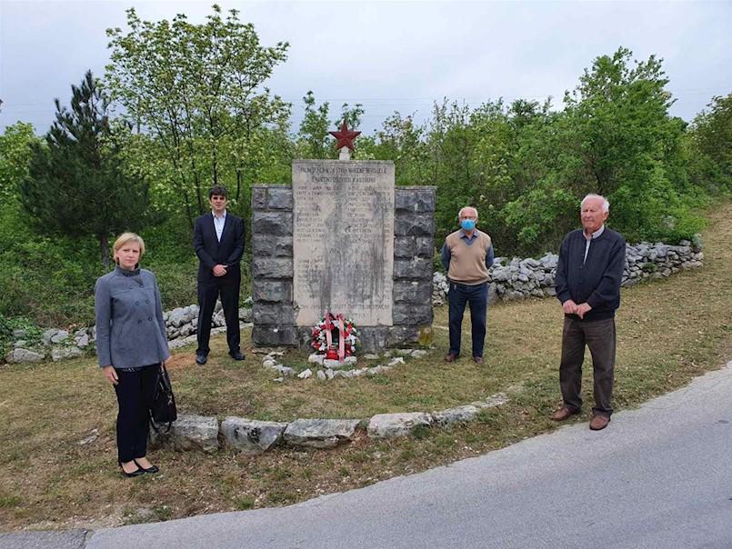 Polaganjem vijenca obilježena 75. obljetnica Dana oslobođenja Labinštine