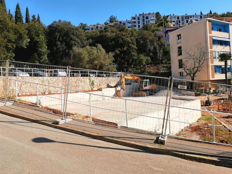 Gradi se novih 27 parkirnih mjesta u Rapcu