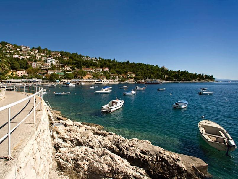 Od 11. svibnja bit će omogućen početak rada hotelima i kampovima u Istri