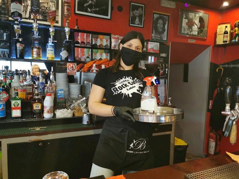 Kafići otvoreni – ovako je danas u Labinu