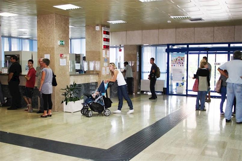 POČELI S RADOM ŠALTERI I SLUŽBE U POLICIJI: Evo detaljnih uputa kako kako će funkcionirati izdavanje osobnih iskaznica, vozačkih dozvola, putovnica...