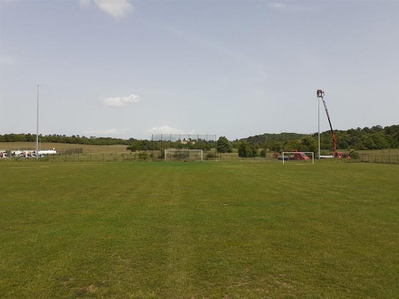 Novi reflektori i uređenje stadiona NK Iskre