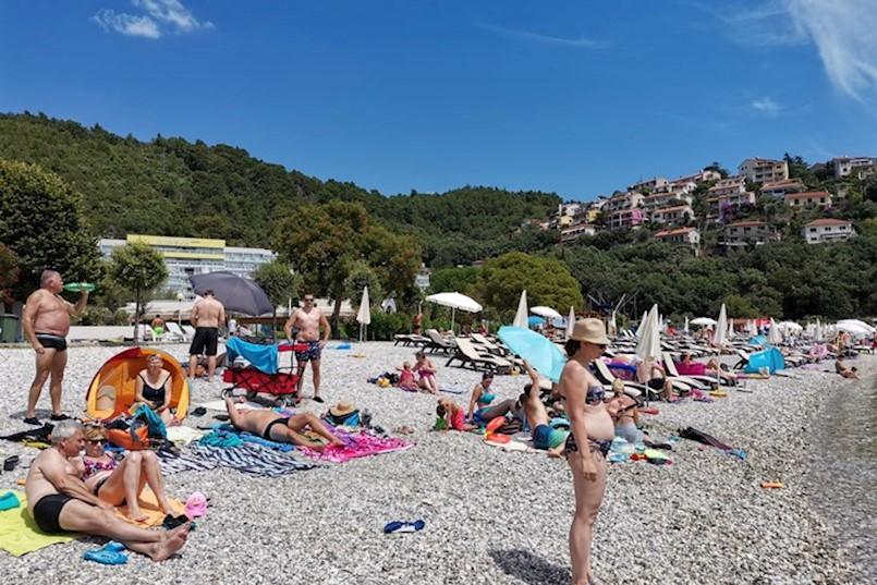 Polovica autokampa Oliva je popunjena, ali hoteli su uglavnom prazni S BROJEM POZITIVNIH NA KORONAVIRUS RASTE BROJ OTKAZIVANJA REZERVACIJA