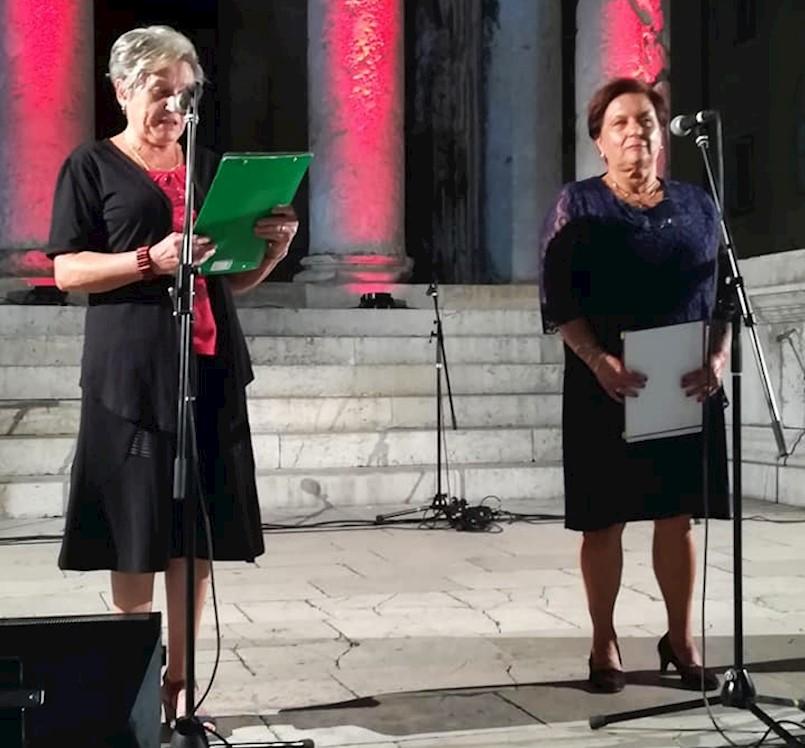 Bruna Gobo i Ornela Gergorić kazivale stihove na pulskom Forumu