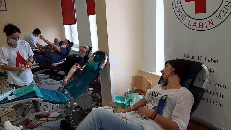 Veliki odaziv akciji dobrovoljnog darivanja krvi