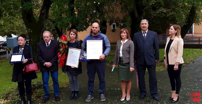 Sveta Nedelja - općinska priznanja uručena obitelji pokojnog Željka Golje i OPG-u Matiška