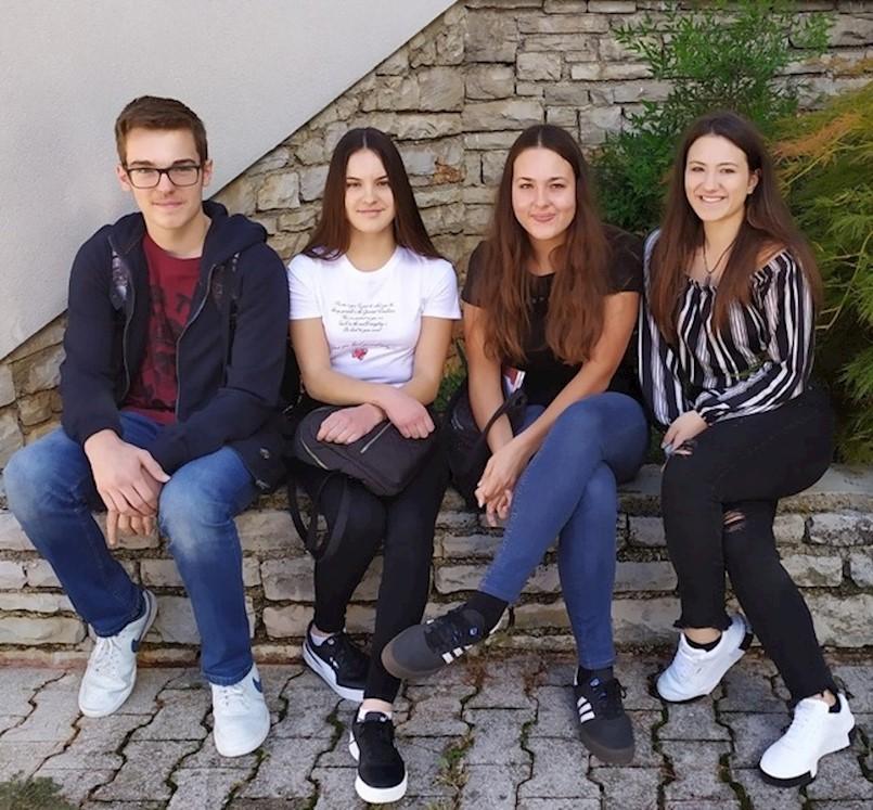 Sjajni rezultati labinskih gimnazijalaca na županijskom natjecanju iz hrvatskog jezika