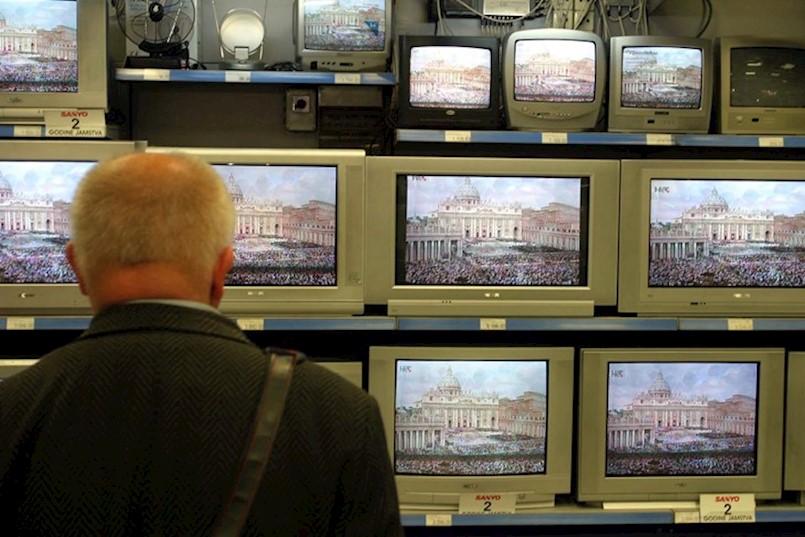 OD IDUĆEG TJEDNA GASE SE STARI TV ODAŠILJAČI Prelazak na novi sustav nekima će izbiti još kuna iz džepa
