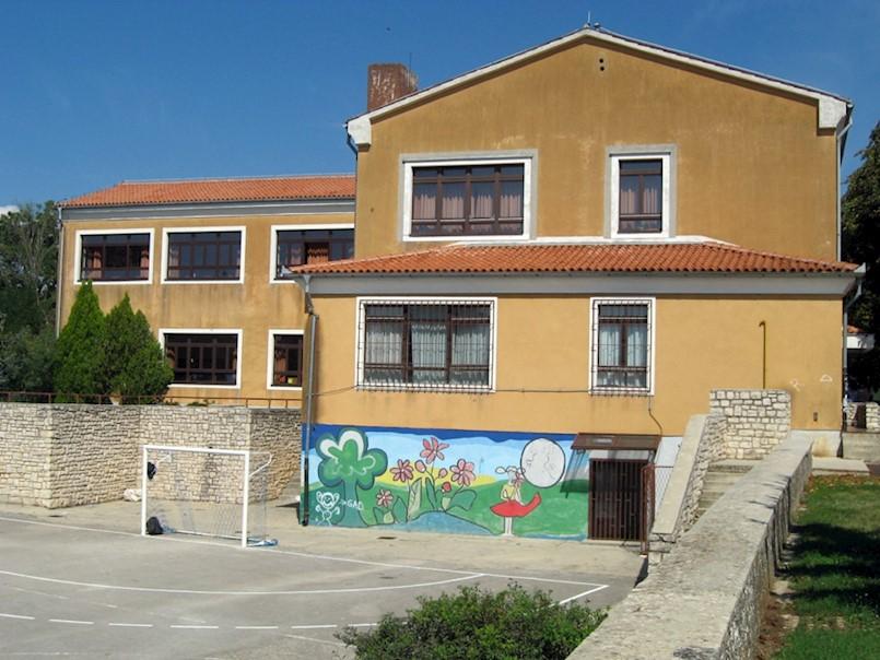 Online nastava za učenike od 4. do 8. razreda Osnovne škole Vitomir Širola Pajo Nedešćina