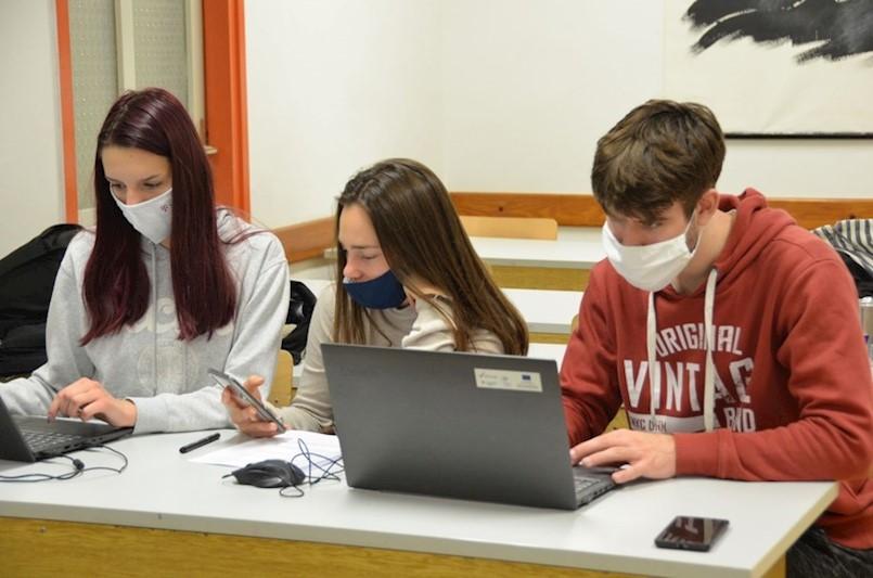 Učenici Srednje škole Mate Blažine Labin i četvrtu godinu za redom pri samom vrhu svjetskog natjecanja Unite the Nations