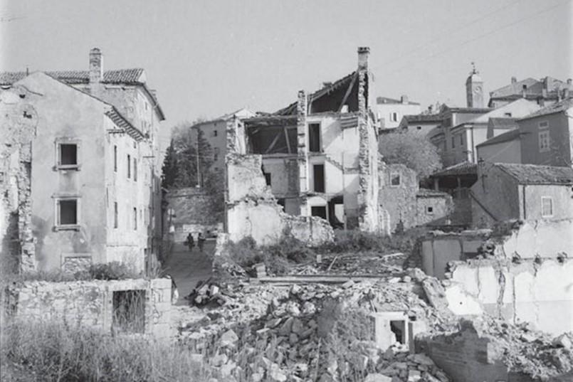 URUŠAVANJE STAROGRADSKE JEZGRE LABINA 60-tih godina: Kao posljedica rudarenja, gorski udari nepovratno izbrisali čitave ulice i vizure