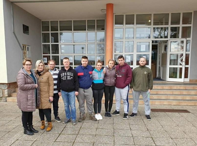 Mendula uručila pomoć stradalima u Sisačko-moslavačkoj županiji