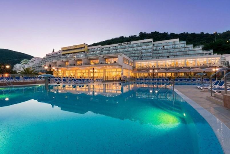 VELIKI PROBLEMI U HOTELIMA MASLINICA RABAC. Među radnicima ključa nezadovoljstvo, vlasnici su u Italiji, priča se o prodaji…