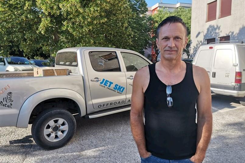 NAKON PRIJAVE USKOKU, PODNIO JOŠ DVIJE PRIJAVE DORHU Alen Krišić: Rampama su onemogućili pristup plaži, a mobilne kućice postavili izvan turističke zone