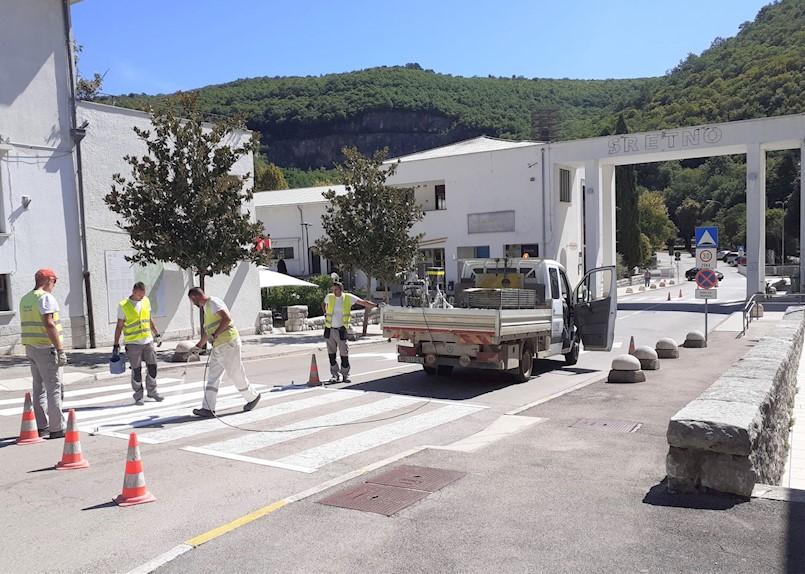U Raši obnovljena prometna signalizacija za sigurnost najmlađih