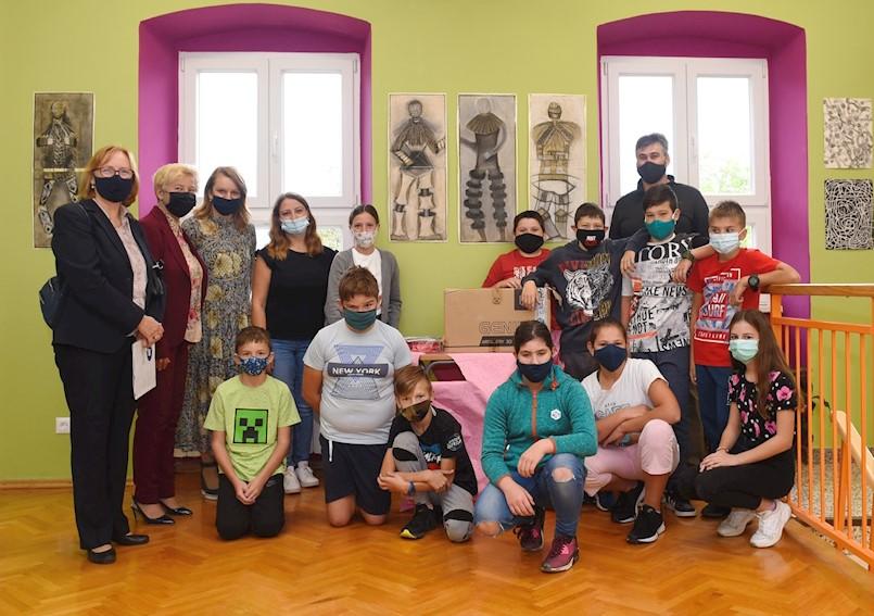 Udruženje obrtnika Labin donirao 3D printer Ivan Goran Kovačić Čepić i Vladimir Nazor Potpićan