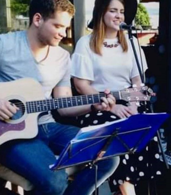 Live Acoustic Guitar Duo with Jelena & Matija from Rijeka