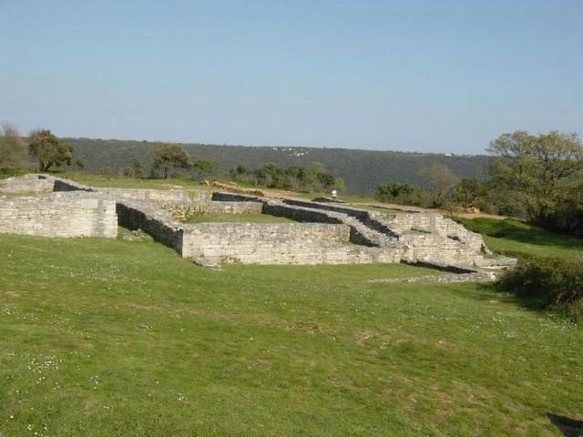 Nezakcij - najstariji istarski grad