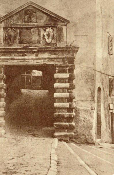 LABINSKE ZNAMENITOSTI: Gradske zidine i vrata