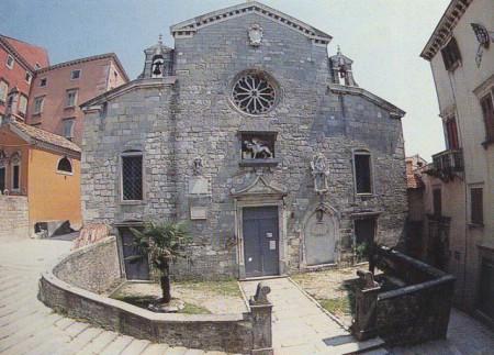 LABINSKE ZNAMENITOSTI: Župna crkva Rođenja Blažene Djevice Marije