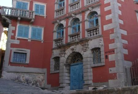 LABINSKE ZNAMENITOSTI: Palača Battiala Lazzarini