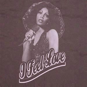 Umrla kraljica disca Donna Summer!