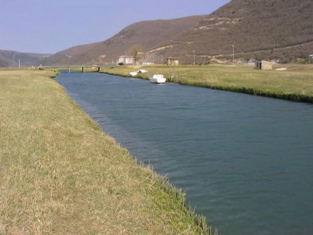 Osvrt: Žedna Raša preko vode