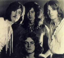 Led Zeppelin stigao na internet