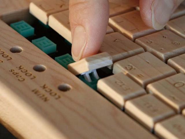 Uradi-sam drvena tipkovnica