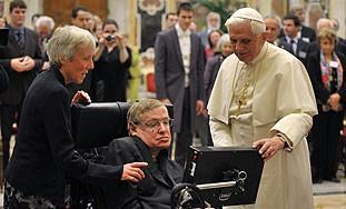 Papa se sastao s Hawkingom na skupu o evoluciji