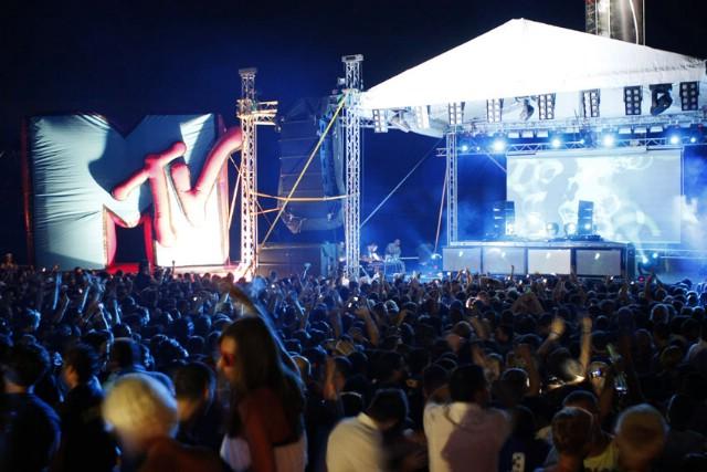 Najtraženiji DJ današnjice Tiesto rasplesao pet tisuća gostiju novaljskog kluba Papaya