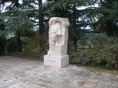 LABINSKE SKULPTURE: Matija Vlačić Ilirik – Labinjan, učenjak i vječni putnik