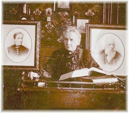 Giuseppina Martinuzzi (14. veljače 1844. – 25. studenog 1925.), istarska učiteljica, spisateljica i revolucionarka