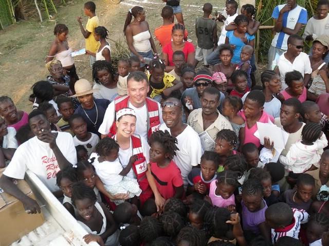 Pomagali žrtvama potresa: ostavili srce na Haitiju