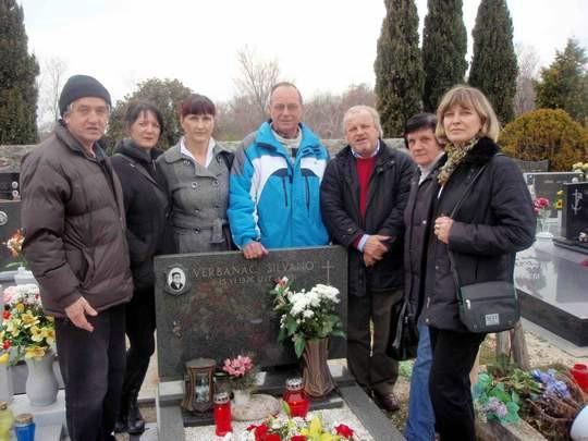 Delegacija RKUD-a «Rudar» iz Raše posjetila grob njihovog osnivača Silvana Verbanca