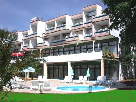 Hobotnica: Glas Istre preuzeo Bažonov hotel Amfora u Rapcu  i zadužio ga za 150 milijuna kuna!