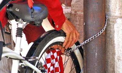 Policija upozorava: Počinje sezona krađa bicikala